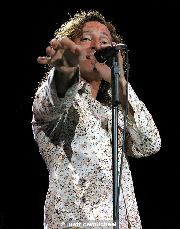 CHICAGO -- July 18: Journey's Steve Augeri at the first night of Chicago's Loopfest, sponsored by 97.9 WLUP radio. (Photo by Matt Carmichael)