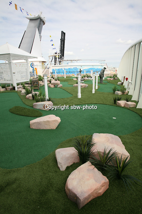The launch of Royal Caribbean International's Oasis of the Seas, the worlds largest cruise ship..Oasis Dunes