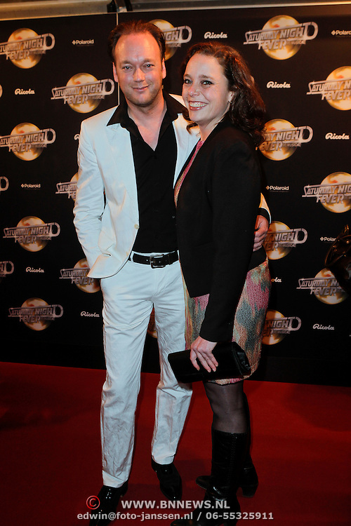 NLD/Amsterdam/20120217 - Premiere Saturday Night Fever, Marco de Koning en partner Anouk Kapel