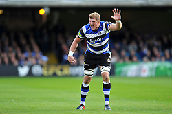 Bath Rugby captain Stuart Hooper calls out - Photo mandatory by-line: Patrick Khachfe/JMP - Mobile: 07966 386802 25/10/2014 - SPORT - RUGBY UNION - Bath - The Recreation Ground - Bath Rugby v Toulouse - European Rugby Champions Cup