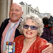 Uitreiking Bert Haantra Oeuvreprijs 2004, Peter Tuinman en Sylvia de Leur