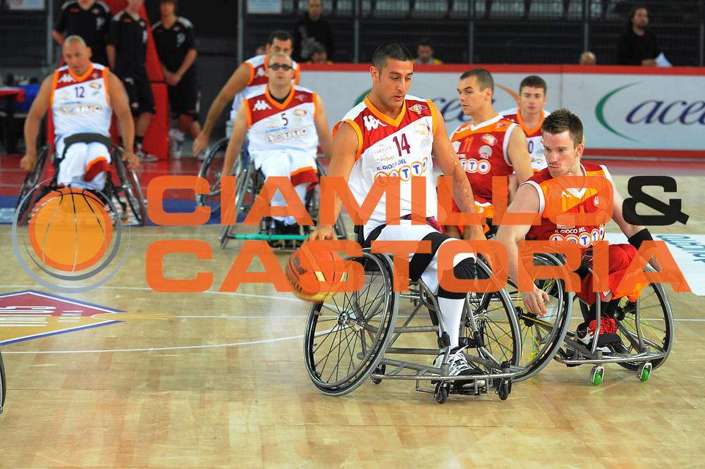 DESCRIZIONE : Roma Lega A 2010-11 Lottomatica Virtus Roma Vanoli Braga Cremona<br /> GIOCATORE : Elecom carrozzina<br /> SQUADRA : Vanoli Braga Cremona<br /> EVENTO : Campionato Lega A 2010-2011 <br /> GARA : Lottomatica Virtus Roma Vanoli Braga Cremona<br /> DATA : 28/11/2010<br /> CATEGORIA : <br /> SPORT : Pallacanestro <br /> AUTORE : Agenzia Ciamillo-Castoria/GiulioCiamillo<br /> Galleria : Lega Basket A 2010-2011 <br /> Fotonotizia :Roma Lega A 2010-11 Lottomatica Virtus Roma Vanoli Braga Cremona<br /> Predefinita :