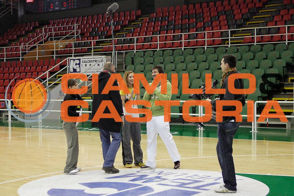 DESCRIZIONE : Avellino Lega A1 2008-09 Registrazione Puntata Rhythm&amp;Basket <br /> GIOCATORE : Mirela Kovacevic  Gianmarco Pozzecco<br /> SQUADRA : Sky TV<br /> EVENTO : Campionato Lega A1 2008-2009<br /> GARA : <br /> DATA : 13/01/2009<br /> CATEGORIA : Curiosita<br /> SPORT : Pallacanestro<br /> AUTORE : Agenzia Ciamillo-Castoria/A.De Lise<br /> Galleria : Lega Basket A1 2008-2009<br /> Fotonotizia : Avellino Campionato Italiano Lega A1 2008-2009 Registrazione Puntata Rhythm &amp; Basket Sky TV<br /> Predefinita :