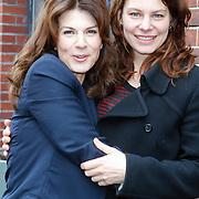 NLD/Amsterdam/20121029 - Boekpesentatie 'Het alles is Familie Kookboek', Kim van Kooten en Rifka Lodeizen