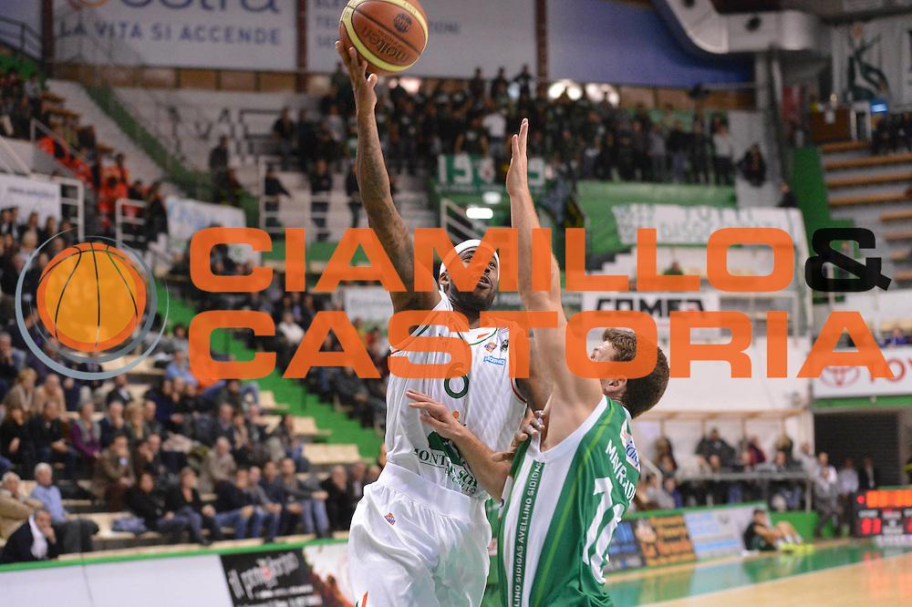 DESCRIZIONE : Siena Lega A 2012-13 Montepaschi Siena Sidigas Avellino<br /> GIOCATORE : Bobby Brown<br /> CATEGORIA : tiro sequenza<br /> SQUADRA : Montepaschi Siena<br /> EVENTO : Campionato Lega A 2012-2013 <br /> GARA :  Montepaschi Siena Sidigas Avellino<br /> DATA : 03/12/2012<br /> SPORT : Pallacanestro <br /> AUTORE : Agenzia Ciamillo-Castoria/GiulioCiamillo<br /> Galleria : Lega Basket A 2012-2013  <br /> Fotonotizia : Siena Lega A 2012-13 Montepaschi Siena Sidigas Avellino<br /> Predefinita :