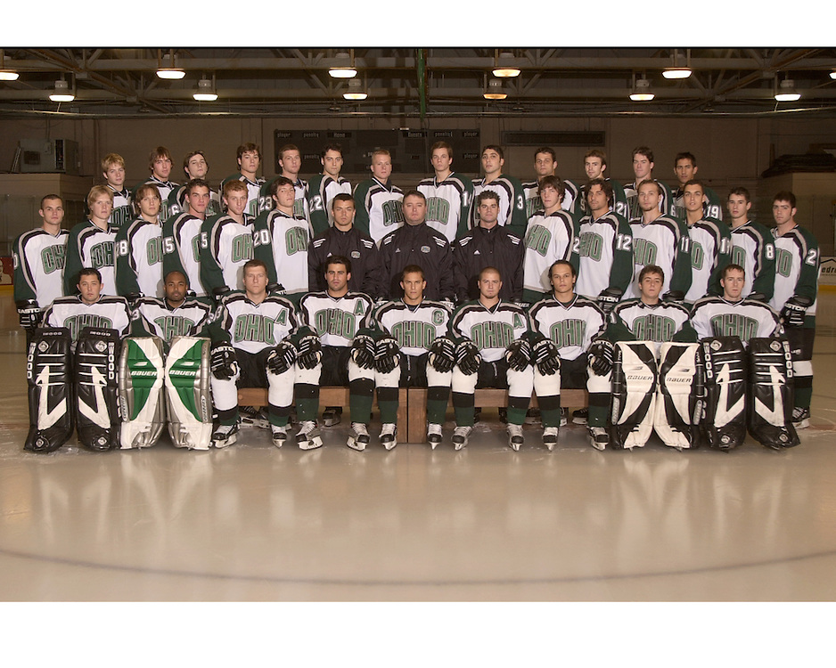 Hockey Team group Photo 2003