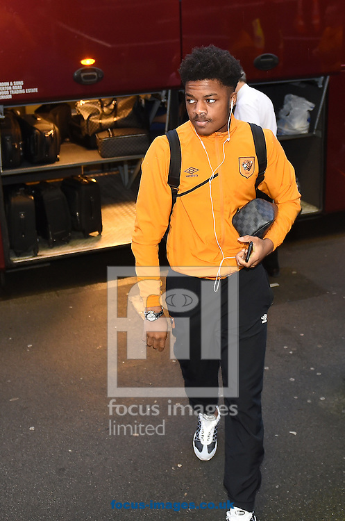Chuba Akpom of Hull City arrives at Loftus Road, London<br /> Picture by Daniel Hambury/Focus Images Ltd +44 7813 022858<br /> 01/01/2016