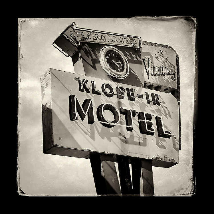 "Charles Blackburn image of the Klose-In Motel sign in Seattle, WA. 5x5"" print."
