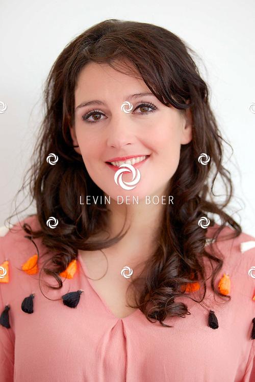 AMSTERDAM - In theater DeLaMar werd de nieuwe zomerkomedie aangekondigd genaamd 'Bedscènes'. Met op de foto  Tina de Bruin. FOTO LEVIN DEN BOER - PERSFOTO.NU