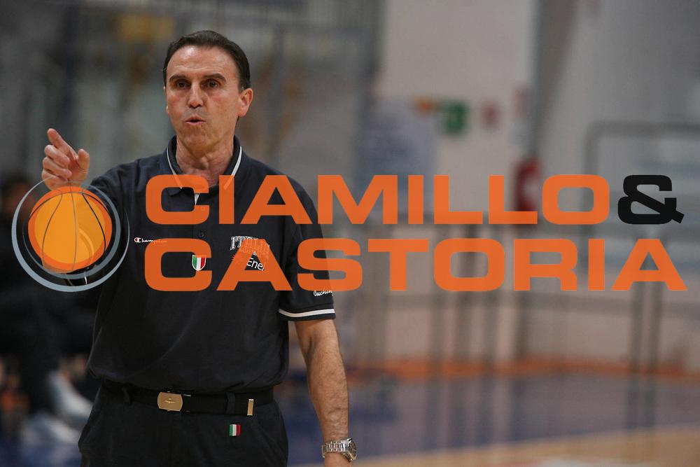 DESCRIZIONE : Roseto Raduno Nazionale Italiana Maschile <br /> GIOCATORE : Carlo Recalcati <br /> SQUADRA : Nazionale Italia Uomini <br /> EVENTO : Raduno Nazionale Italiana Maschile <br /> GARA : <br /> DATA : 19/05/2008 <br /> CATEGORIA : Ritratto <br /> SPORT : Pallacanestro <br /> AUTORE : Agenzia Ciamillo-Castoria/G.Ciamillo