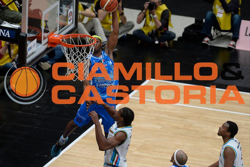 DESCRIZIONE : Milano BEKO Final Eigth  2016<br /> Vanoli Cremona - Dinamo Banco di Sardegna Sassari<br /> GIOCATORE : Brenton Petway<br /> CATEGORIA : Schiacciata<br /> SQUADRA : Dinamo Banco di Sardegna Sassari<br /> EVENTO : BEKO Final Eight 2016<br /> GARA : Vanoli Cremona - Dinamo Banco di Sardegna Sassari<br /> DATA : 19/02/2016<br /> SPORT : Pallacanestro<br /> AUTORE : Agenzia Ciamillo-Castoria/D.Matera<br /> Galleria : Lega Basket A 2016<br /> Fotonotizia : Milano Final Eight  2015-16 Vanoli Cremona - Dinamo Banco di Sardegna Sassari<br /> Predefinita :