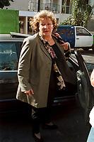 21 SEP 1999, BERLIN/GERMANY:<br /> Andrea Fischer, B90/Grüne, Bundesgesundheitsministerin, nach dem  Parteirat der Grünen, Ibis Hotel<br /> IMAGE: 19990920-01/02-08