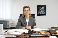 12 DEC 2005, BERLIN/GERMANY:<br /> Ursula von der Leyen, CDU, Bundesfamilienministerin, an ihrem Schreibtisch, in ihrem Buero, Bundesministerium fuer Familie, Senioren, Frauen, und Jugend<br /> Ursula von der Leyen, Federal Minister for family, Seniors, Women and Youth, in her office<br /> IMAGE: 20051212-01-009<br /> KEYWORDS: Büro