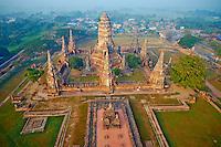 Thailande, province de Phra Nakhon Si Ayutthaya, Ayutthaya, Parc Historique, Wat Chai Wathanaram // Thailand, Ayutthaya, Ayutthaya Historical Park, Wat Chai Wattanaram