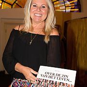 NLD/Heemstede/20151116 - Boekpresentatie De Zin van het Leven, Marga Scheide