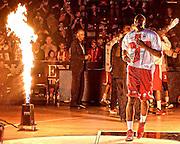 DESCRIZIONE : Milano Eurolega Euroleague 2015-16 <br /> EA7 ARMANI MILANO Vs LABORAL KUTXA VITORIA<br /> GIOCATORE : Jamal McLean<br /> CATEGORIA : Pre Game curiosita<br /> SQUADRA : Olimpia EA7 Emporio Armani Milano<br /> EVENTO : Eurolega Euroleague 2015-2016 GARA : EA7 ARMANI MILANO Vs LABORAL KUTXA VITORIA<br /> DATA : 16/10/2015 <br /> SPORT : Pallacanestro <br /> AUTORE : Agenzia Ciamillo-Castoria/I.Mancini <br /> Galleria : Eurolega Euroleague 2015-2016 Fotonotizia : Milano Eurolega Euroleague 2015-16 EA7 ARMANI MILANO Vs LABORAL KUTXA VITORIA<br /> Predefinita :