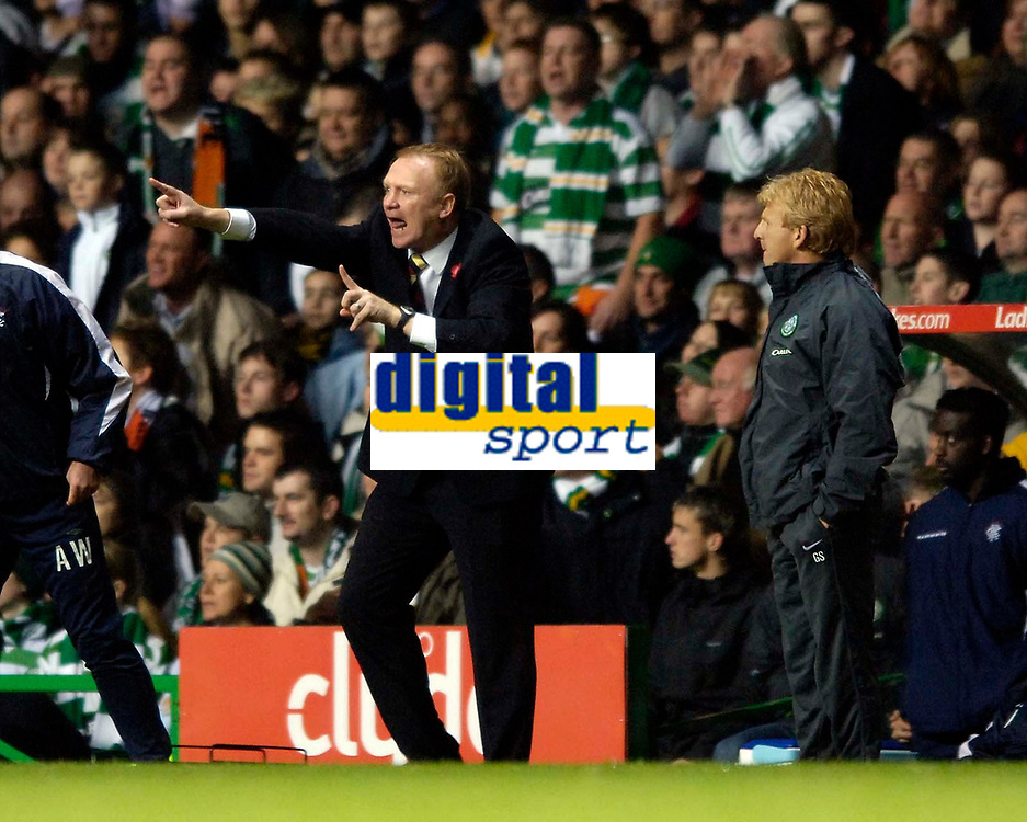 Photo: Jed Wee.<br /> Celtic v Glasgow Rangers. Scottish CIS Insurance Cup. <br /> 09/11/2005.<br /> <br /> Rangers manager Alex McLeish feels the pressure as his team fall to a defeat to Old Firm rivals Celtic.