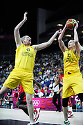 DESCRIZIONE : Basketball Jeux Olympiques Londres Demi finale<br /> GIOCATORE : Jackson Lauren Batkovic Suzy AUS<br /> SQUADRA : Australie FEMME<br /> EVENTO : Basketball Jeux Olympiques<br /> GARA : USA AUSTRALIE<br /> DATA : 09 08 2012<br /> CATEGORIA : Basketball Jeux Olympiques<br /> SPORT : Basketball<br /> AUTORE : JF Molliere <br /> Galleria : France JEUX OLYMPIQUES 2012 Action<br /> Fotonotizia : Jeux Olympiques Londres demi Finale Femme Greenwich Arena<br /> Predefinita :