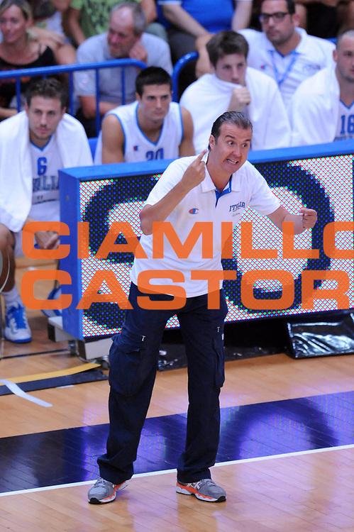 DESCRIZIONE : Trento Trentino Basket Cup Italia Israele<br /> GIOCATORE : Simone Pianigiani<br /> CATEGORIA : Schema Tecnica<br /> SQUADRA : Nazionale Italia Maschile<br /> EVENTO :  Trento Trentino Basket Cup<br /> GARA : Italia Israele<br /> DATA : 08/08/2013<br /> SPORT : Pallacanestro<br /> AUTORE : Agenzia Ciamillo-Castoria/Max.Ceretti<br /> Galleria : FIP Nazionali 2013<br /> Fotonotizia : Trento Trentino Basket Cup Italia Israele<br /> Predefinita :
