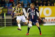 27-02-2016 VOETBAL:VITESSE - WILLEM II:ARNHEM<br /> Denys Oliinyk van Vitesse in duel met  Frank van der Struijk van Willem II <br /> <br /> Foto: Geert van Erven