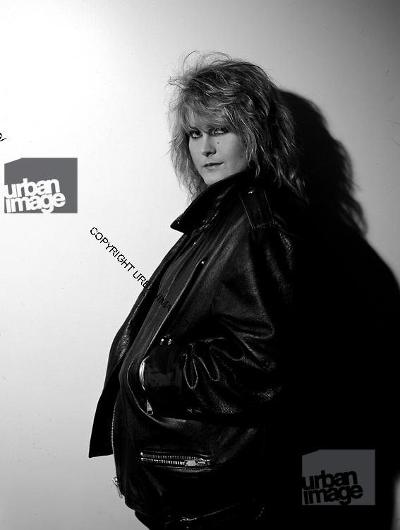 Portrait of Alison Moyet