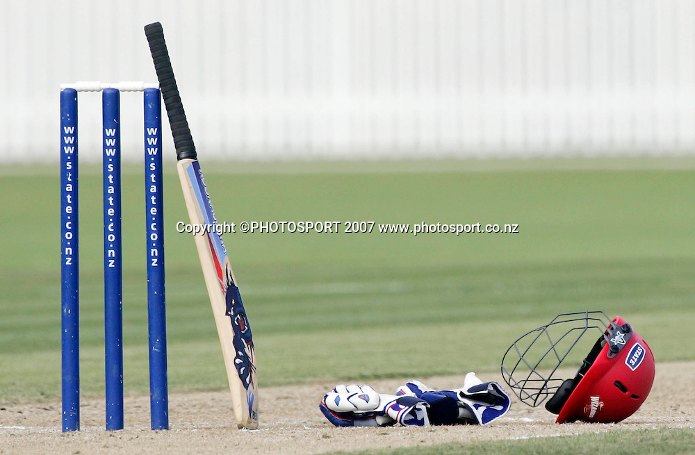 Cricket gear is left on the wicket during drinks at the State Championship Cricket Final between Northern Districts and Canterbury at Seddon Park, Hamilton, New Zealand on Sunday 25 March 2007. Photo: Hagen Hopkins/PHOTOSPORT<br />