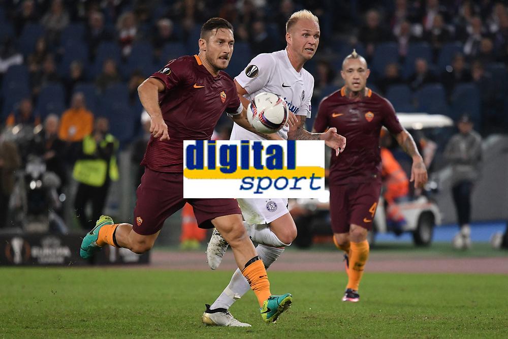Francesco Totti Roma, Raphael Holzhauser Austria <br /> Roma 20-10-2016  Stadio Olimpico <br /> Football Calcio Europa League AS Roma - Austria Wien <br /> Foto Andrea Staccioli / Insidefoto