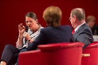 16 JUN 2013, BERLIN/GERMANY:<br /> Gertrud Steinbrueck (L), Ehefrau des Kanzlerkadidaten, Bettina Boettinger (M), Moderatorin, und Peer Steinbrueck (R), SPD Kanzlerkandidat, im Dialog, SPD-Parteikonvent, Tempodrom<br /> IMAGE: 20130616-01-105<br /> KEYWORDS: Peer Steinbrück, Gertrud Steinbrück, Gespräch, Bettina Böttinger