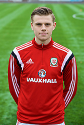 MERTHYR TYDFIL, WALES - Thursday, November 2, 2017: Wales' Rob Reynolds during an Under-18 Academy Representative Friendly match between Wales and Newport County at Penydarren Park. (Pic by David Rawcliffe/Propaganda)