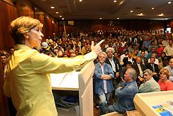 A candidata ao governo do Estado do RS, Yeda Crusius no primeiro grande encontro da coligação Rio Grande Afirmativo, no segundo turno. FOTO: Jefferson Bernardes/Preview.com