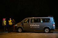 Wer in Hamburg Obdachlose in Not sieht, kann ab Samstag den Kältebus der Alimaus anrufen. Die Fahrer suchen dann die Platten auf, bringen die Obdachlosen in Notunterkünfte oder statten Sie mit dem Nötigsten aus. Hamburg. 05.11.2019 Fotos Mauricio Bustamante.