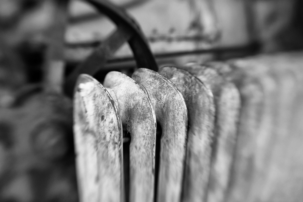 Rusted Radiator - Pottsville - Merlin, Oregon - Lensbaby - Black & White