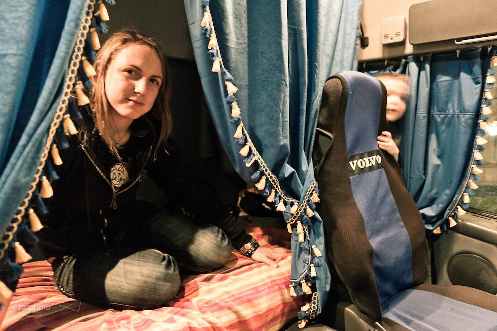 Verona - Juska (28), camionista per passione e giovane mamma, posa all'interno della sua seconda casa.