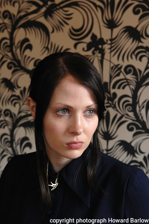 Pic by Howard Barlow.AUTHOR GWENDOLINE RILEY..