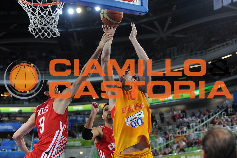 DESCRIZIONE : Lubiana Ljubliana Slovenia Eurobasket Men 2013 Finale Terzo Quarto Posto Spagna Croazia Final for 3rd to 4th place Spain Croatia<br /> GIOCATORE : Victor Claver<br /> CATEGORIA : tiro shot<br /> SQUADRA : Spagna Spain<br /> EVENTO : Eurobasket Men 2013<br /> GARA : Spagna Croazia Spain Croatia<br /> DATA : 22/09/2013 <br /> SPORT : Pallacanestro <br /> AUTORE : Agenzia Ciamillo-Castoria/C.De Massis<br /> Galleria : Eurobasket Men 2013<br /> Fotonotizia : Lubiana Ljubliana Slovenia Eurobasket Men 2013 Finale Terzo Quarto Posto Spagna Croazia Final for 3rd to 4th place Spain Croatia<br /> Predefinita :