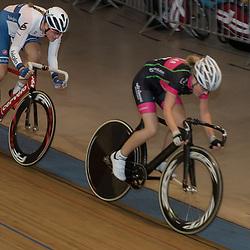 28-12-2015: Wielrennen: NK Baan: Alkmaar   <br />ALKMAAR (NED) baanwielrennen<br />Op de wielerbaan van Alkmaar streden de wielrenners om de nationale baantitels  <br />Vera Koedooder pakt titel pointsrace