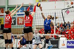 20170430 NED: Eredivisie, VC Sneek - Sliedrecht Sport: Sneek<br />Esther van Berkel (9) of Sliedrecht Sport <br />&copy;2017-FotoHoogendoorn.nl / Pim Waslander
