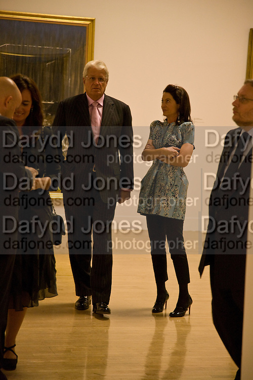 DR. CORINNE FLICK; GERT RUDOLPH FLICK, Francis Bacon opening private view and dinner. Tate Britain. 8 September 2008 *** Local Caption *** -DO NOT ARCHIVE-© Copyright Photograph by Dafydd Jones. 248 Clapham Rd. London SW9 0PZ. Tel 0207 820 0771. www.dafjones.com.