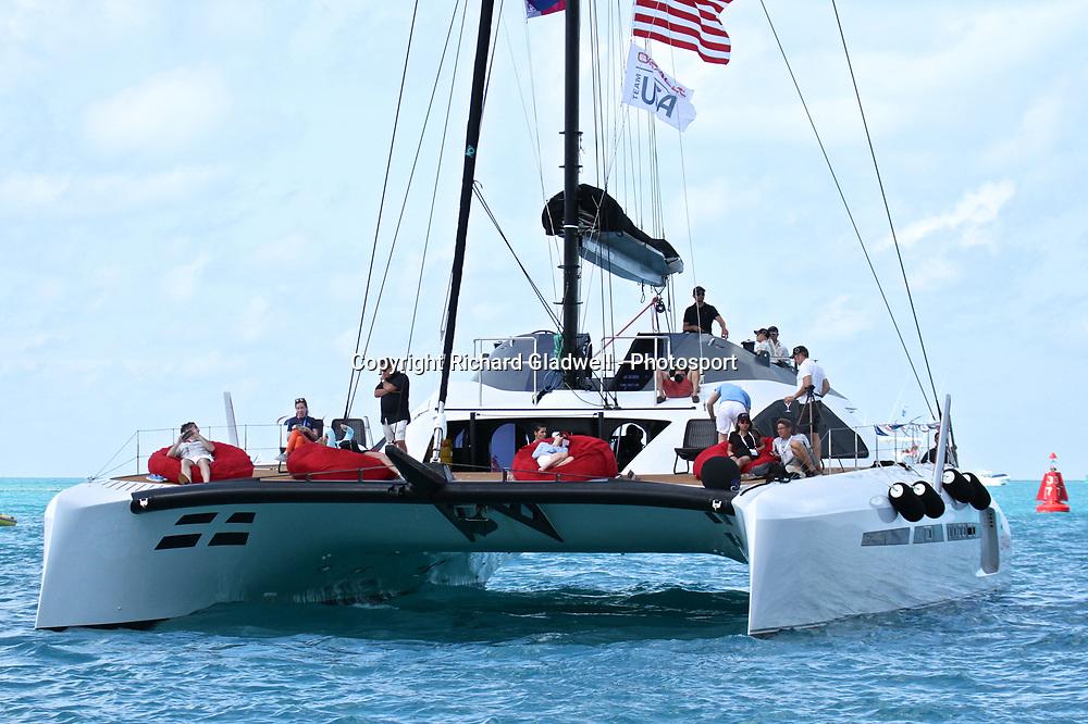 Spectators  - 35th America's Cup - Bermuda  May 28, 2017 . Copyright Image: Richard Gladwell / Sail World / www.photosport.nz