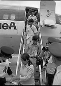 1979 - Vietnamese Refugees arriving at Dublin Airport (M85)