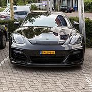 NLD/Amersfoort/20180830 - Boekpresentatie van Nicky Opheij  'On a Mission', zwarte Porsche van Job Smeltzer, DJ La Fuente