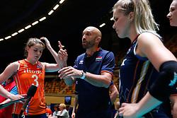 20180529 NED: Volleyball Nations League Netherlands - Poland, Apeldoorn<br />Jamie Morrison, headcoach of The Netherlands <br />©2018-FotoHoogendoorn.nl