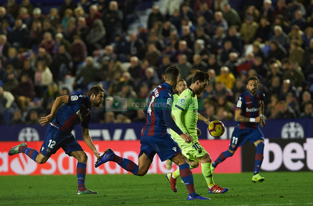 صور مباراة : ليفانتي - برشلونة 0-5 ( 16-12-2018 )  20181216-zaa-a181-041