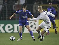Photo: Barry Bland.<br />RSC Anderlecht v Chelsea. UEFA Champions League.<br />23/11/2005.<br />Chelsea's Joe Cole (L) and Olivier Deschacht.