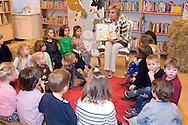 27-1-2016 MAARN - Princess Laurentien of the Netherlands last Wednesday, January 27th, 2016 for during the National Reading Breakfast in the school, the Ladder in Maarn. Princess reads children from group 1 and 2 from 'We have a kid there! &quot;Written by Marjet Huiberts and illustrated by Iris Deppe. A jury of Dutch children's librarians chose the book as Picture Book of the Year 2015. COPYRIGHT ROBIN UTRECHT<br /> 27-1-2016 MAARN - Prinses Laurentien der Nederlanden leest woensdag 27 januari 2016 voor tijdens het Nationale Voorleesontbijt op de basisschool De Ladder in Maarn. De Prinses leest kinderen uit groep 1 en 2 voor uit 'We hebben er een geitje bij!', geschreven door Marjet Huiberts en ge&iuml;llustreerd door Iris Deppe. Een jury van Nederlandse jeugdbibliothecarissen koos het boek als Prentenboek van het Jaar 2015. COPYRIGHT ROBIN UTRECHT