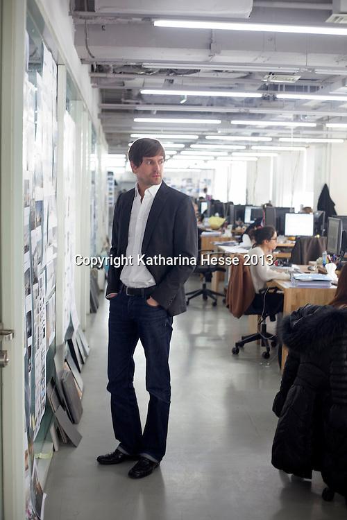BEIJING, 5. FEB. 2013 : Architekt Ole Scheeren in seinem Buero.