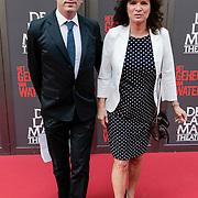 NLD/Amsterdam/20120617 - Premiere Het Geheugen van Water, Linda van Dijck en Alex Mooren