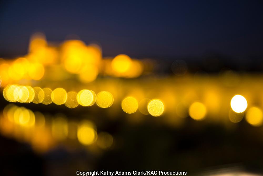 Blurry light, bokeh, Puente Romano; Cordoba; Spain; Roman Bridge; Twilight