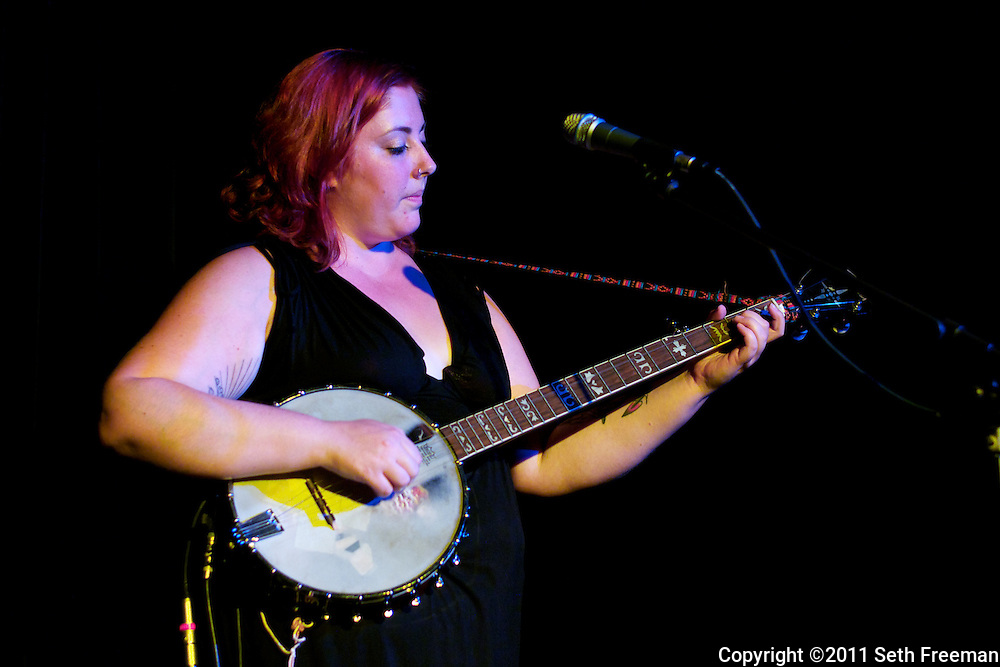 08/11 Chelsea McBee at the Opera House