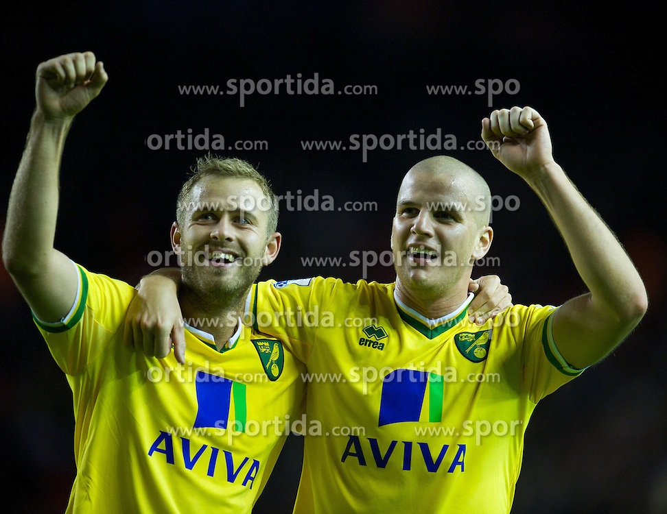 22.10.2011, Anfield Stadion, Liverpool, ENG, PL, FC Liverpool - Norwich City, im Bild Norwich City's Marc Tierney and David Fox celebrate their 1-1 draw with Liverpool during the Premiership match at Anfield // during the Premier League football match between FC Liverpool - Norwich City, at Anfield Stadium, Liverpool, United Kingdom on 22/10/2011. EXPA Pictures © 2011, PhotoCredit: EXPA/ Propaganda Photo/ David Rawcliff +++++ ATTENTION - OUT OF ENGLAND/GBR+++++